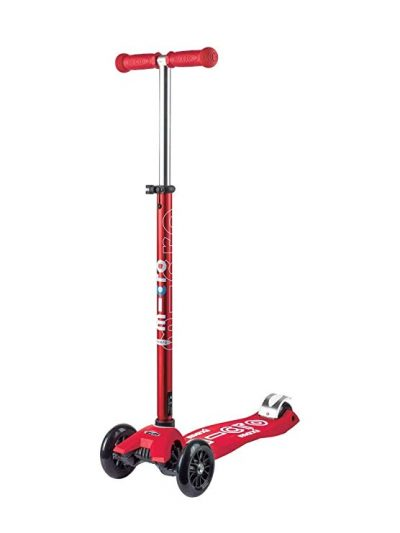 3. Micro Maxi Deluxe Kick Scooter: